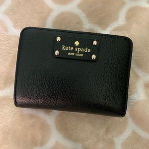 Kate spade small compact wallet